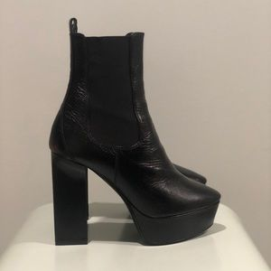 Saint Laurent Vika Glossed Leather Boot Size 6